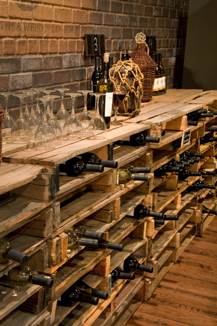DIY-wine-cellar-pallet-shelf-for-wine-bottles