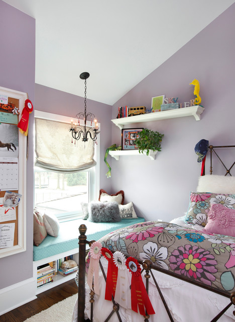 kids-room-with-wide-windowsill