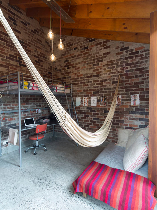 loft-style-design-ideas-bedroom-with-hammock