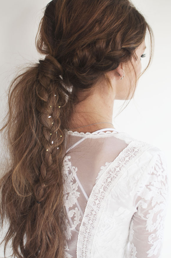 long- tail-and-braid-hair-style-for-everyday