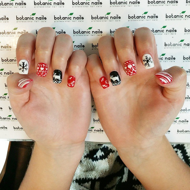 new-year-nail-art-design 15