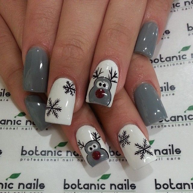 new-year-nail-art-design 19