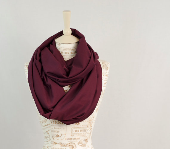 trend-color-marsala-scarf