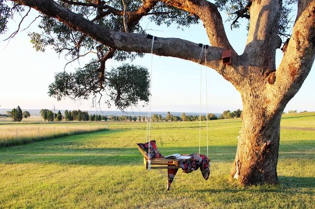 DIY-farmhouse-garden-swing-pallet-idea