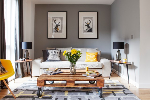 DIY-transitional-living-room-idea-coffee-table-pallet