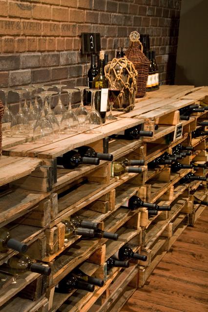 DIY-wine-cellar-pallet-shelf-for-wine-bottles
