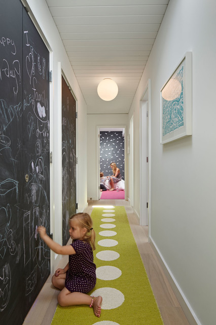 DIY-chalk-board-in-your-home-hallway