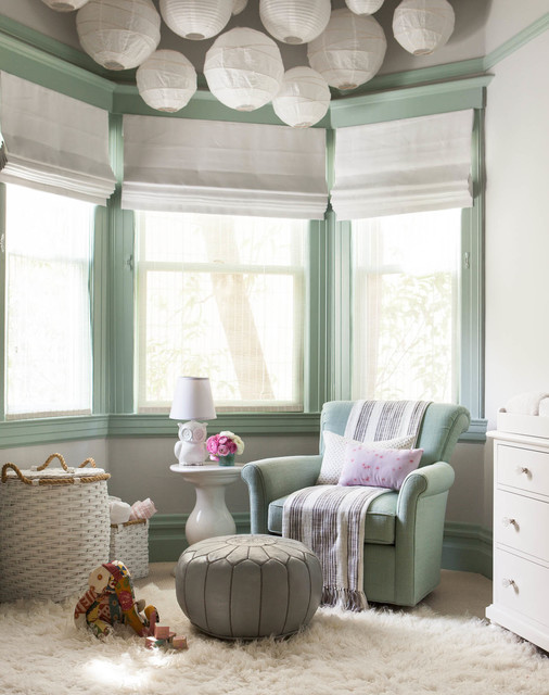 home-decor-with-lantern-bright-kidsroom