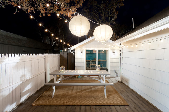home-decor-with-lantern-deck