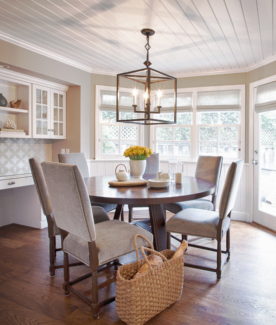 home-decor-with-lantern-diningroom