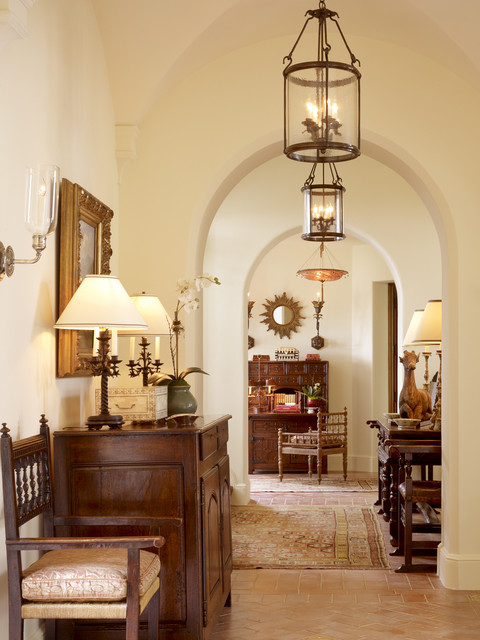 home-decor-with-lantern-hall-cozy