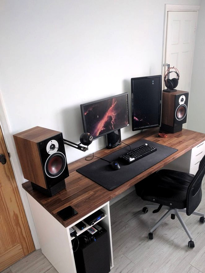Small Computer Desk For Gamers