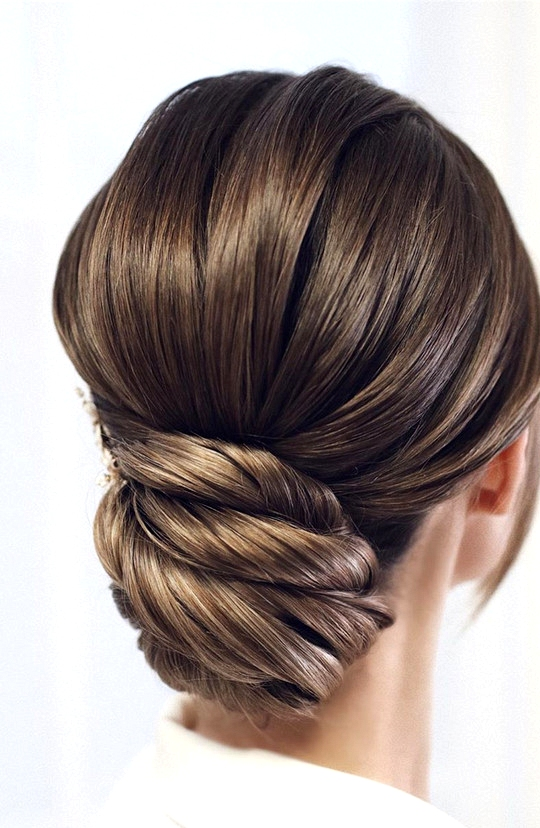 elegant updo wedding hairstyles for 2020 brides 27