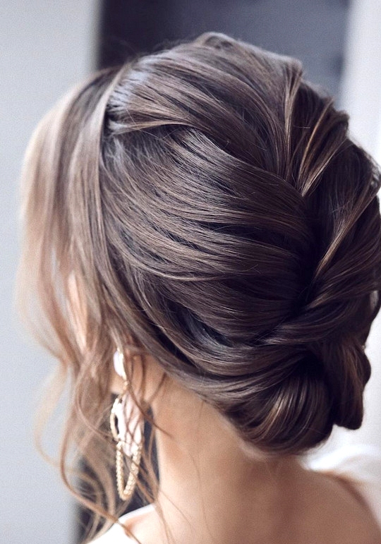 elegant updo wedding hairstyles for 2020 brides 13