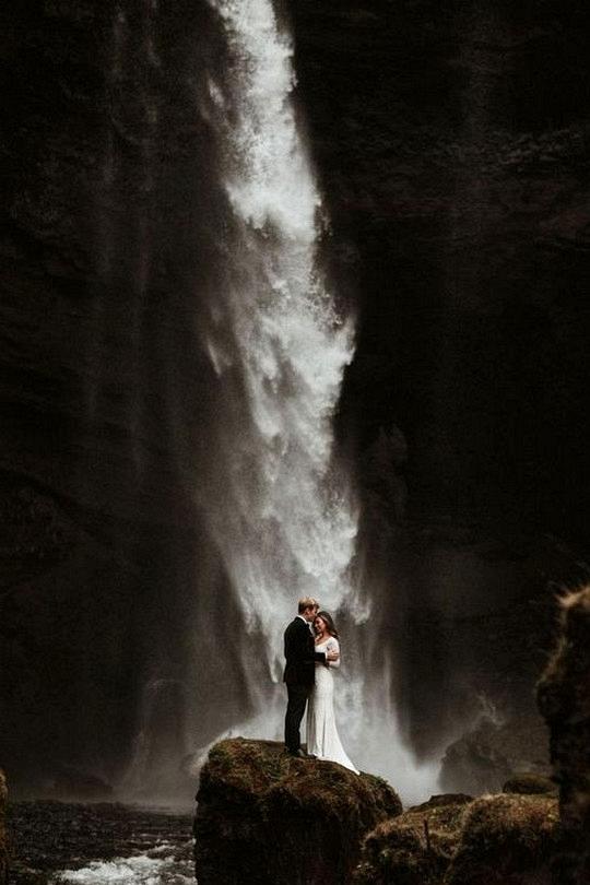 iceland elopement wedding ideas