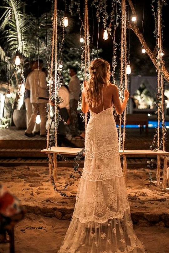 night wedding photo ideas with lights