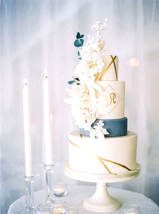 dusty blue and gold chic wedding cake