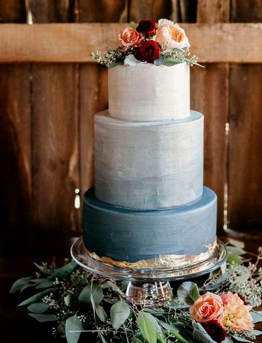 dusty blue and burgundy wedding cake ideas