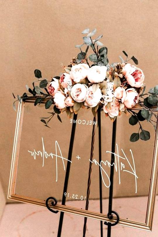 acrylic wedding sign decoration ideas