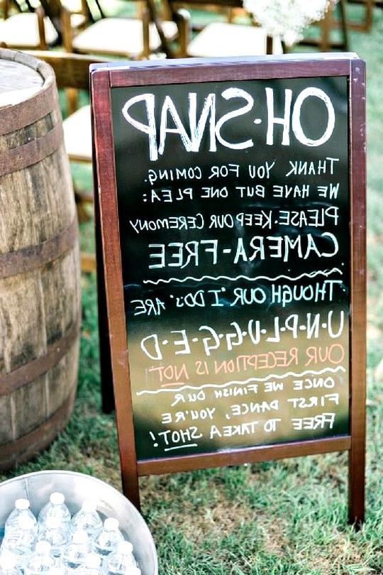 rustic outdoor wedding sign ideas