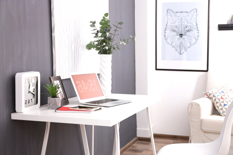 small home office for men