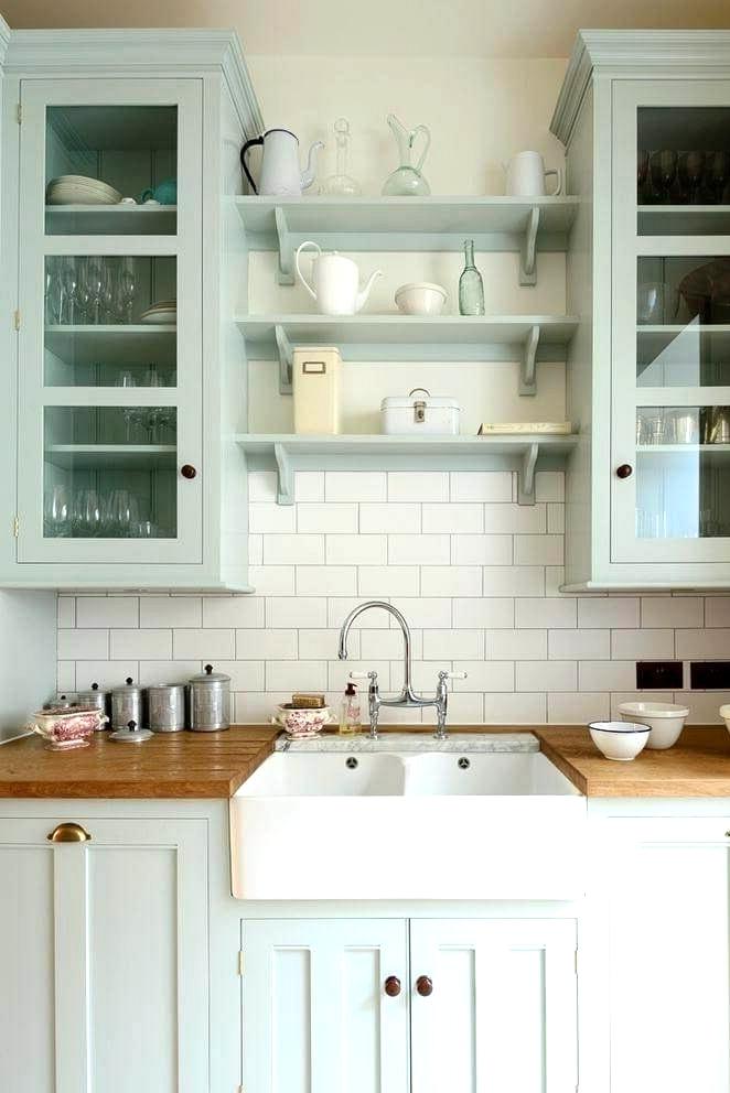 farmhouse kitchen cabinet crown molding