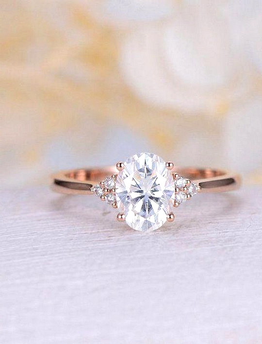 oval diamond rose gold wedding engagement ring
