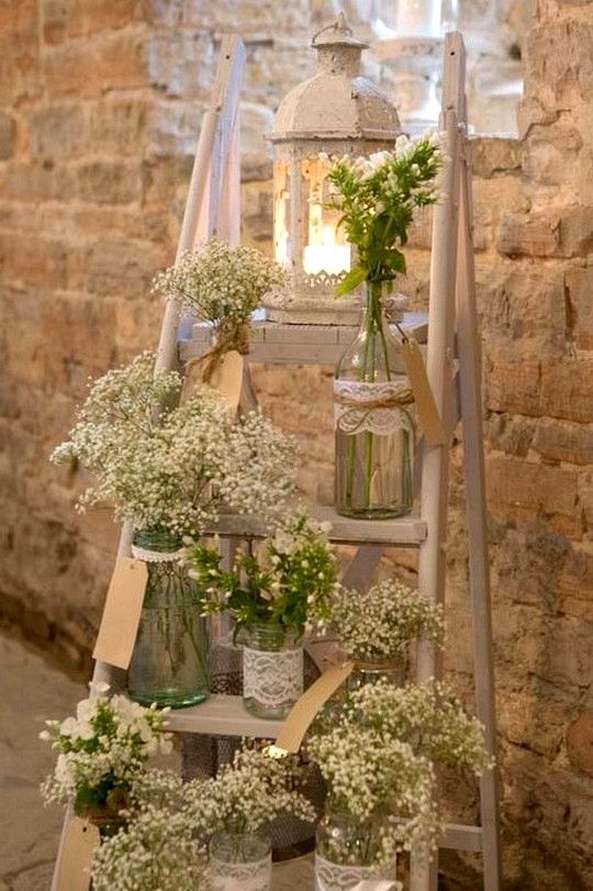vintage rustic wedding decoration ideas with ladder