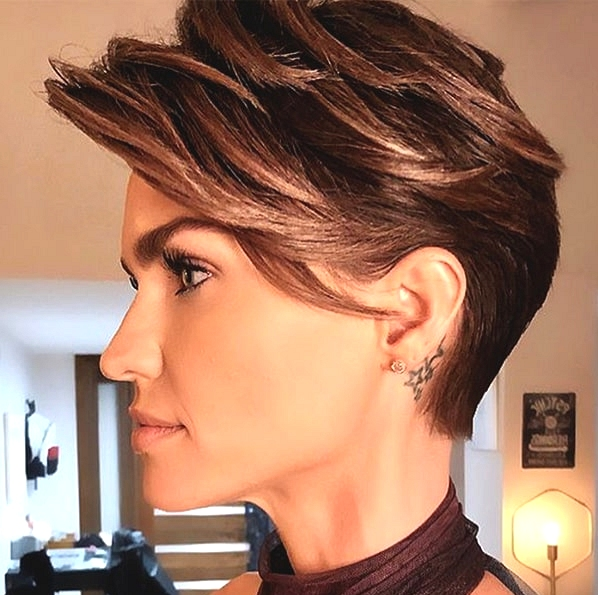 7 Hottest Haircut Trends In 2020 That Will Dominate The Whole Year