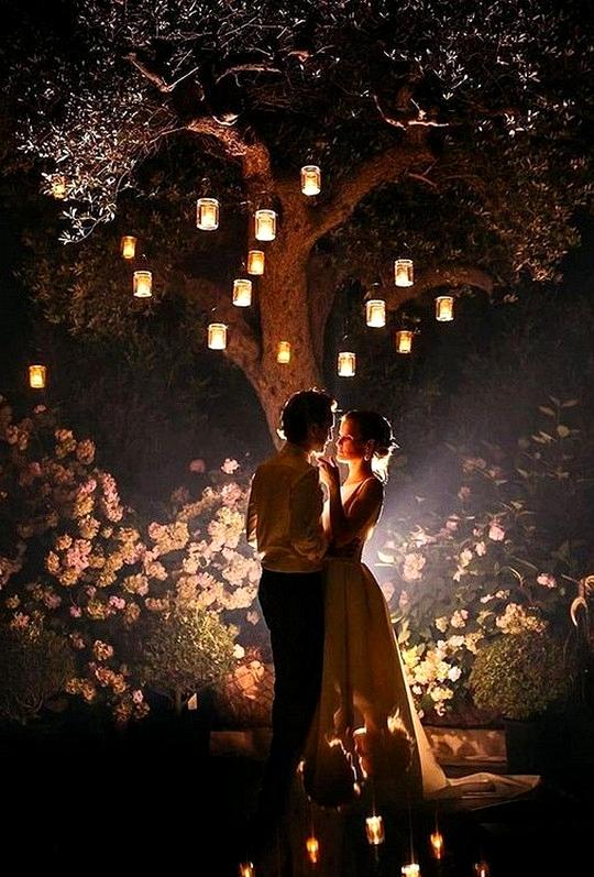 must have night wedding photo ideas