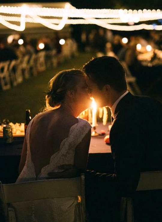 bride and groom wedding photo ideas