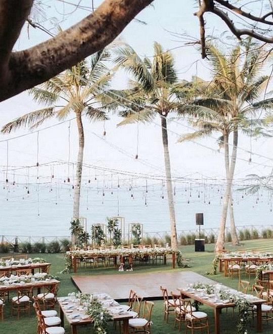 chic beach wedding reception ideas