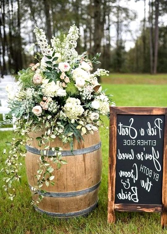 outdoor country wedding sign ideas