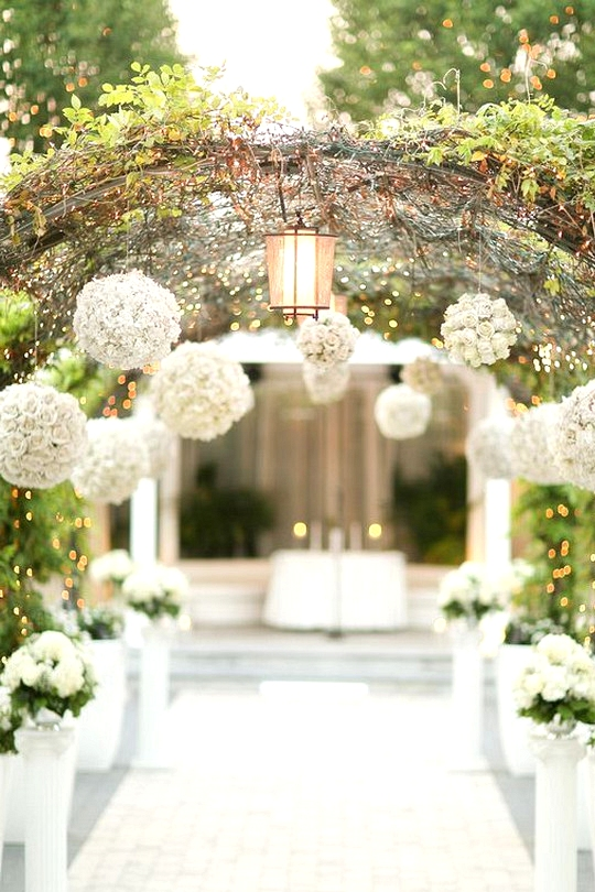 secret garden themed wedding ceremony decoration ideas