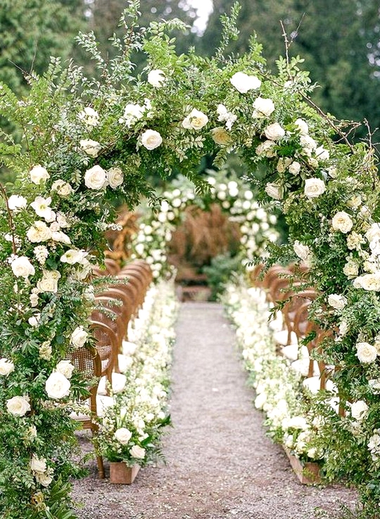 stunning garden themed wedding ceremony ideas