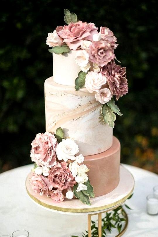 dusty rose and sage wedding cake