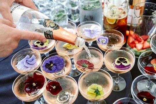 secret garden wedding drink ideas