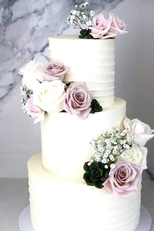 light mauve garden wedding cake