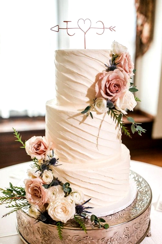 dusty rose floral wedding cake