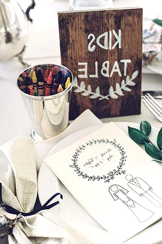kids table coloring wedding ideas