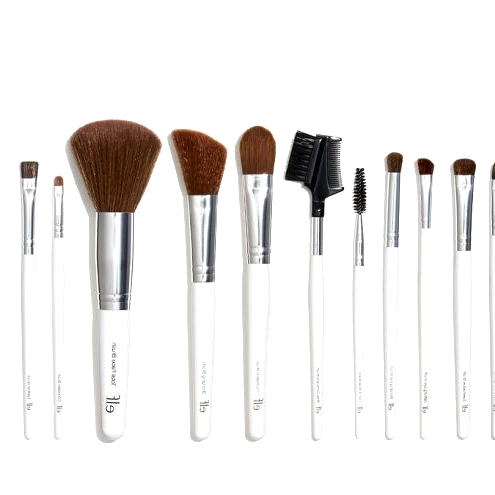 10 Essential Makeup Products for Beginners