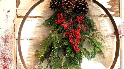 45 Christmas Wreath Concepts To Welcome Xmas Season