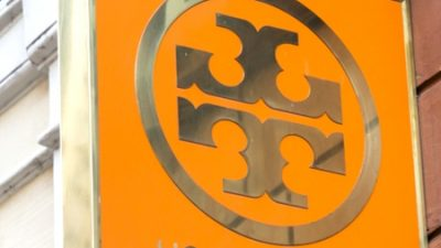 The One Factor You Ought to Purchase At The Tory Burch Semi Annual Sale Whereas It's $45 & Nonetheless In Inventory!