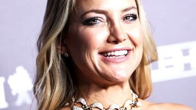 Kate Hudson's Exercise Tops Maintain Getting Smaller & Smaller–Her Physique Is INCREDIBLE!