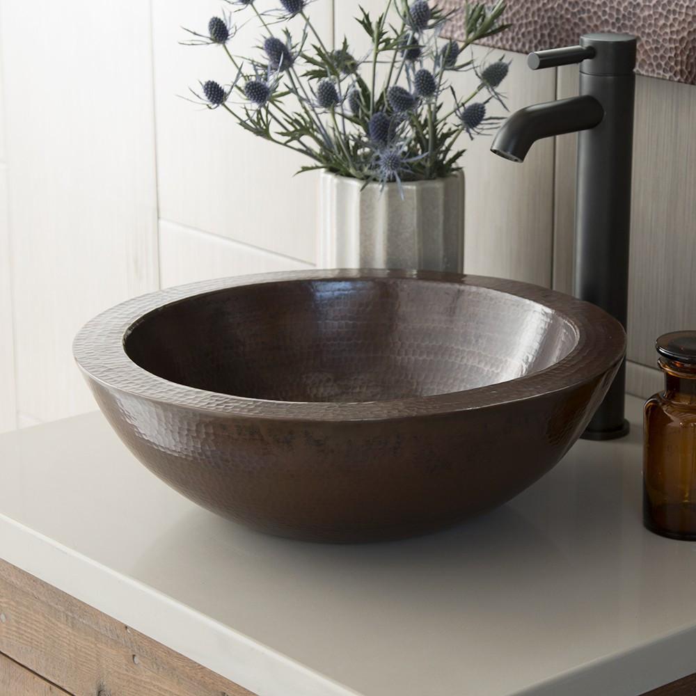 Vessel Sink for a Bold Design