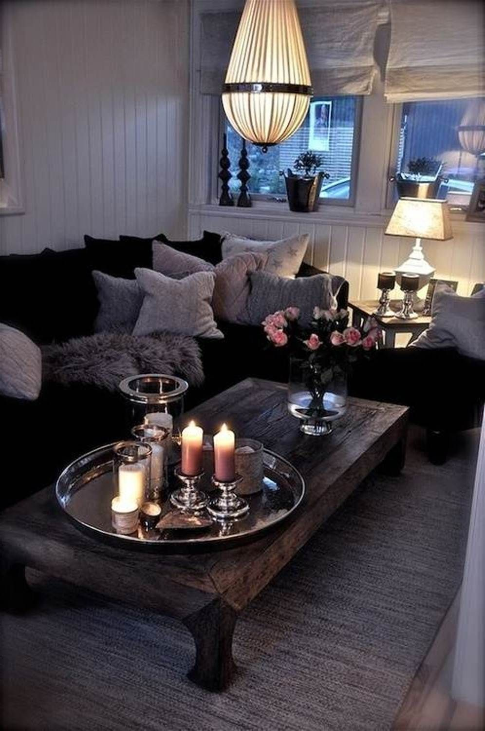 Dark and romantic rooms
