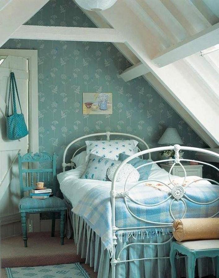 Shabby chic blue bedroom
