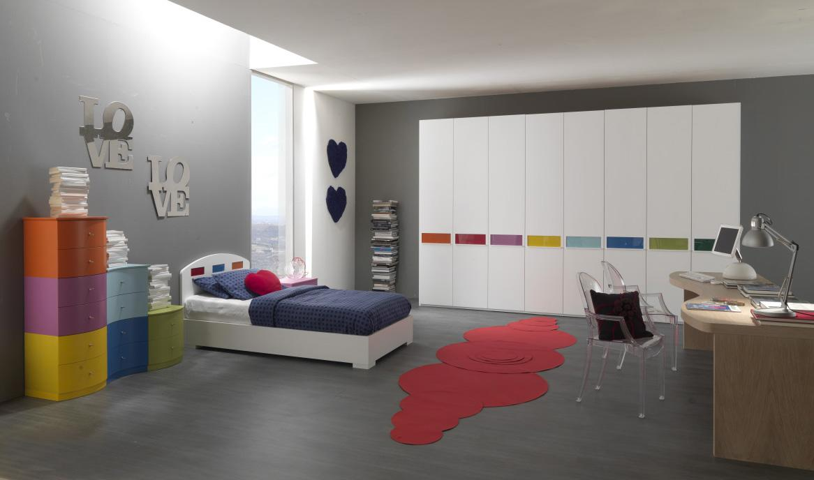 Grey Bedroom for Teenage Girl