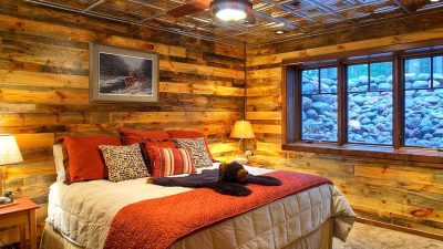 10 Bed room Wall Concepts to Create Stylish Rustic Appears to be like