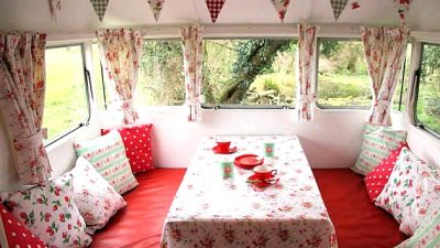 10 Finest RV Decorations for a Good Journey